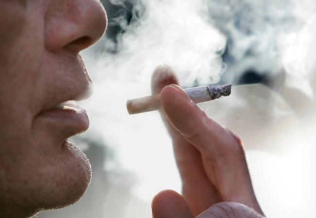 Hút thuốc lá gây nguy cơ yếu sinh lý cao